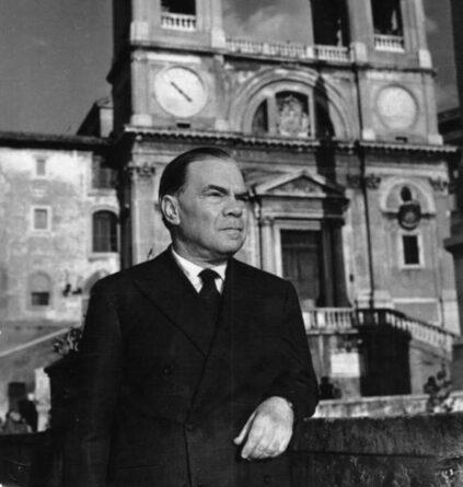 Corrado Alvaro, scrittore, giornalista, poeta e sceneggiatore italiano, nato a San Luca (RC).