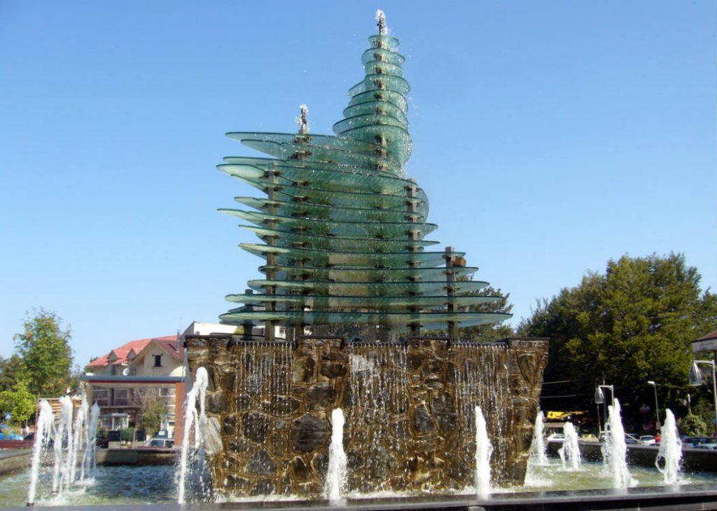 Gambarie sede Convegno nazionale Cvx 2016 | fontana in piazza Mangeruca